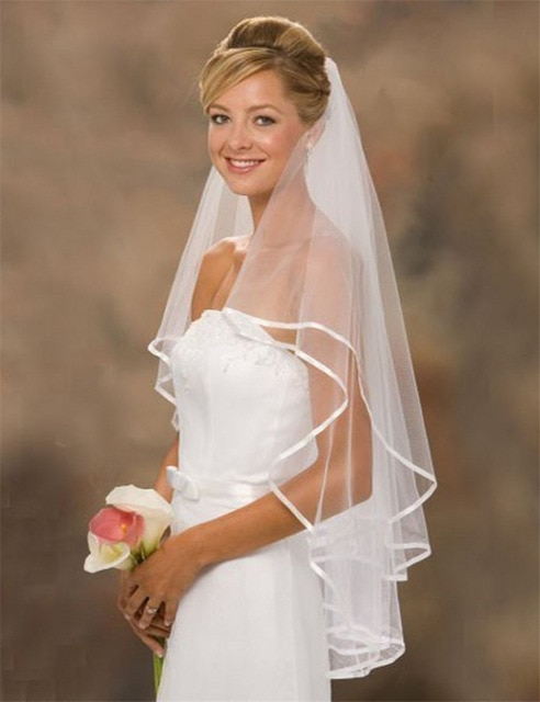 High Quality Romantic Short Wedding Veils Two Layer 75 cm Comb Wedding Bridal Party Tulle Veil