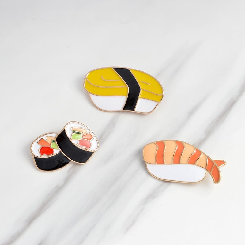 Carttoon sushi broche de metal esmalte pinos para mulheres denim jaqueta mochila colar lapela pino crachá moda estilo japonês jóias