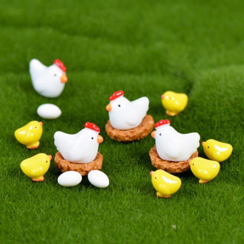 ZOCDOU 10 Pieces Hen Chicken Chick Egg Nest Small Statue Figurine Micro Crafts Ornament Miniatures DIY Home Farm Garden Decor