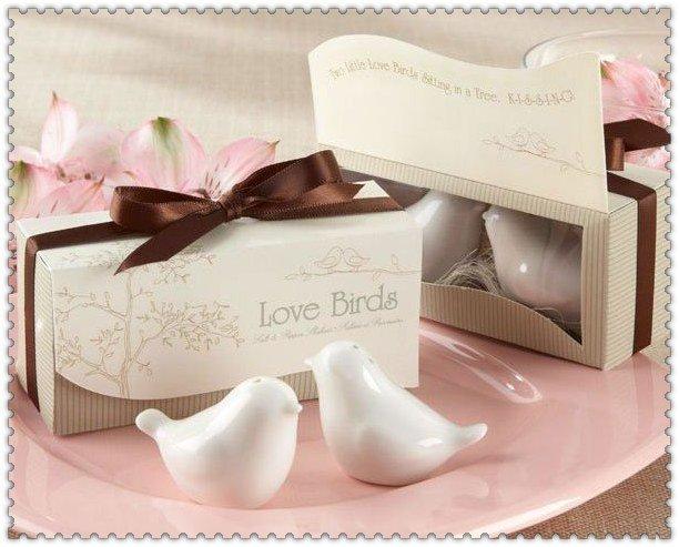 "Wedding favors 300sets =600 pcs /lot  ""Love Birds in the Window"" Salt & Pepper Ceramic Shakers,Wedding Party Favor"