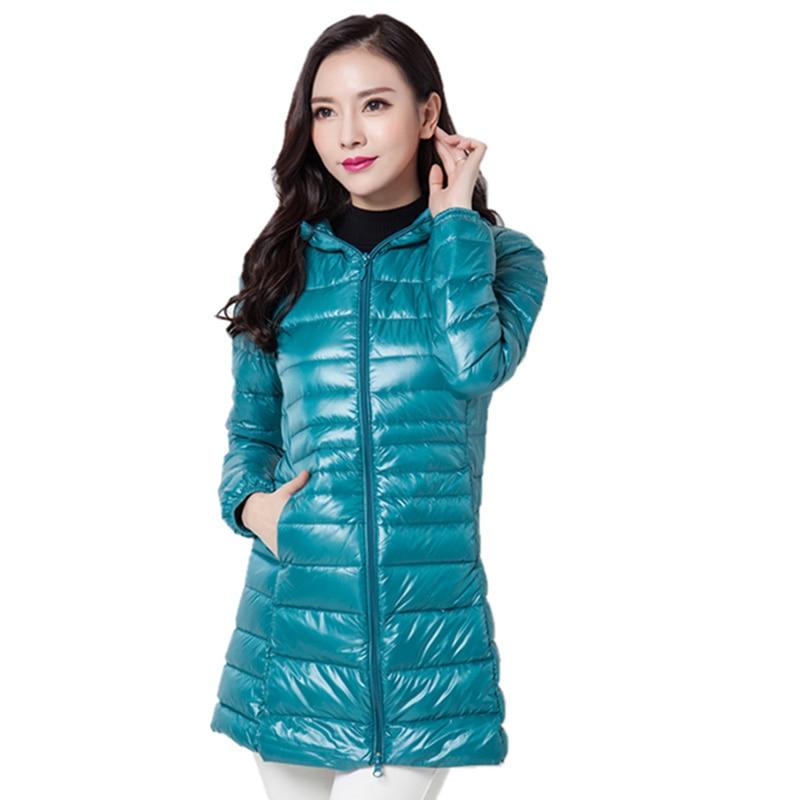 Chaquetas de invierno de mujer 2017 Casaco Inverno plumón de pato Ultra ligero Delgado mujeres chaquetas de invierno abrigos capucha de talla grande 6XL QH0929