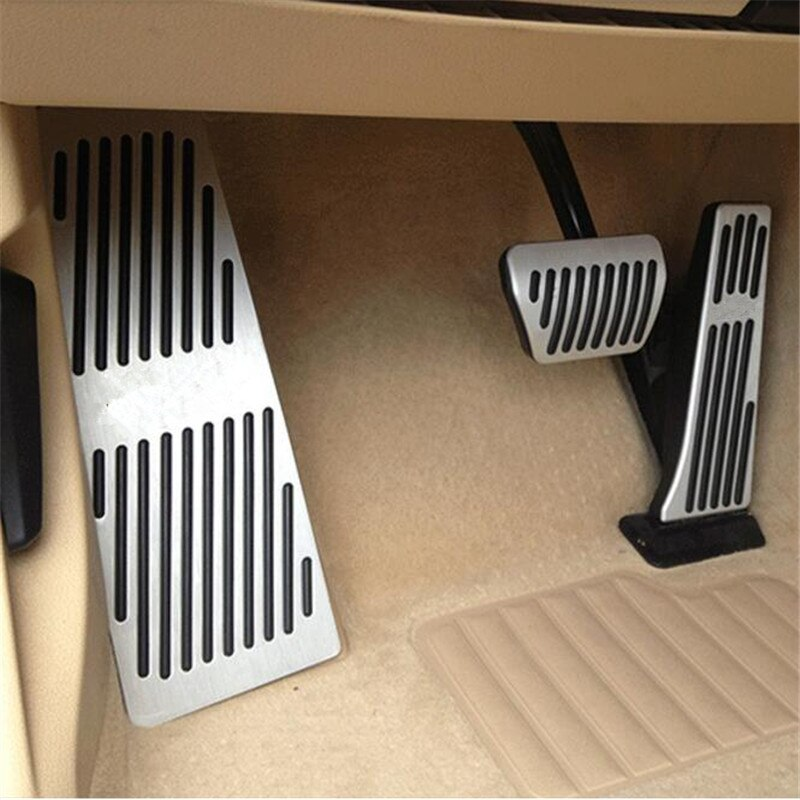 Accesorios de decoración de coche para BMW E60 acelerador reposapiés Freno de combustible AT/MT modifique la pegatina de estilo del Pedal cubre la almohadilla de pedales de Gas