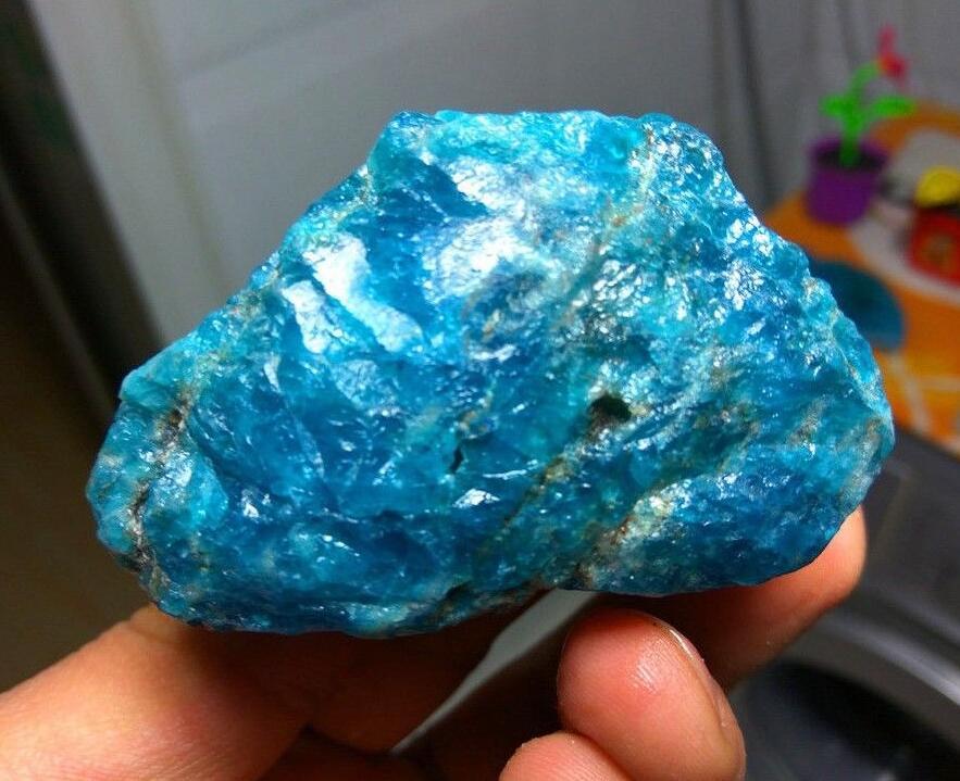 130gNatural hermoso azul apatita cristal piedra Natural mineral rugoso espécimen