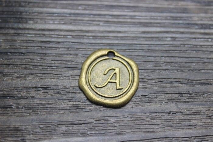 25 pçs/lote 19mm AZ letras-Vintage Antique bronze Pingentes Encantos-Carimbada Inicial Selo de Cera Letra Do Alfabeto,