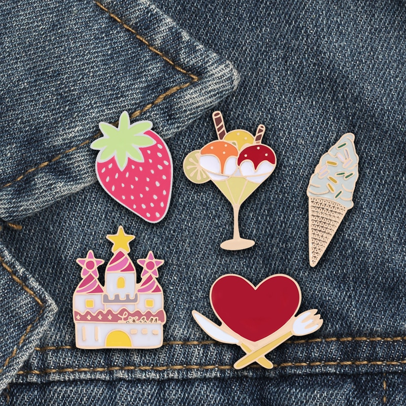 Bonito doce menina feminina broche casa morango sorvete sobremesa pinos crachá denim saia acessórios filha presentes de aniversário
