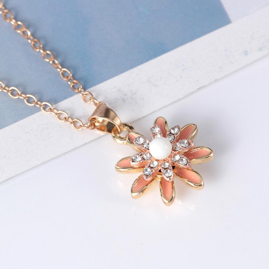 Proceso de goteo de flores de moda tachonado puede girar a alta velocidad collares collar largo 5,17