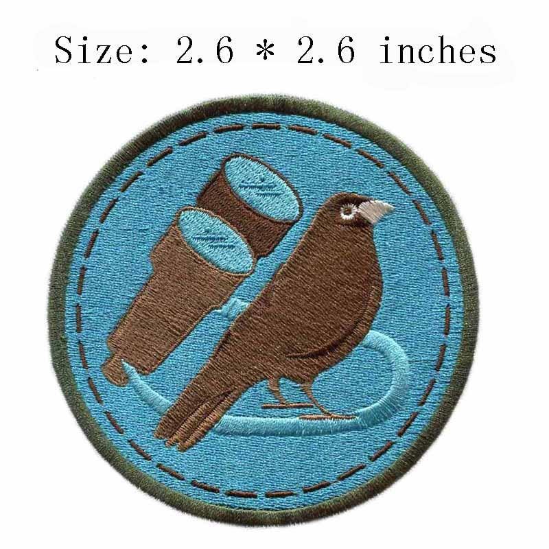 "Pequeno pardal bordados patch 2.6 ""wide/backing/fundo azul/pegajoso"
