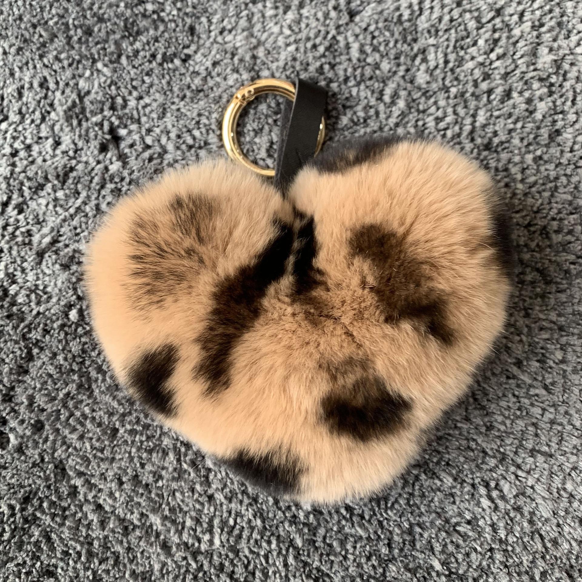 Nueva y encantadora Bola de Pelo de conejo con pompones en forma de corazón de imitación, muñeca de juguete, llavero de coche, llavero joya de regalo