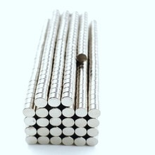 500 pièces 3x2mm chaud petit aimant fort aimants terres rares néodyme aimant 3mm x 2mm en gros 3*2mm