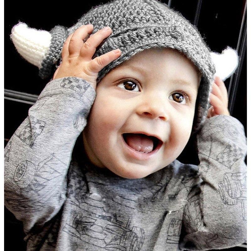 Divertido gorro de invierno hecho a mano para niños, gorro de invierno al crochet con dibujos animados para niños pequeños, cuernos de vikingo tejidos, útil