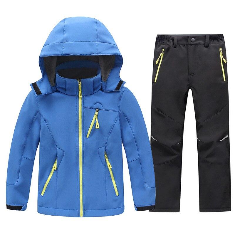 2018 niños chaquetas Softshell de lana y pantalones niños niñas lluvia impermeable abrigo al aire libre chaqueta de camping de senderismo ropa de niños conjunto