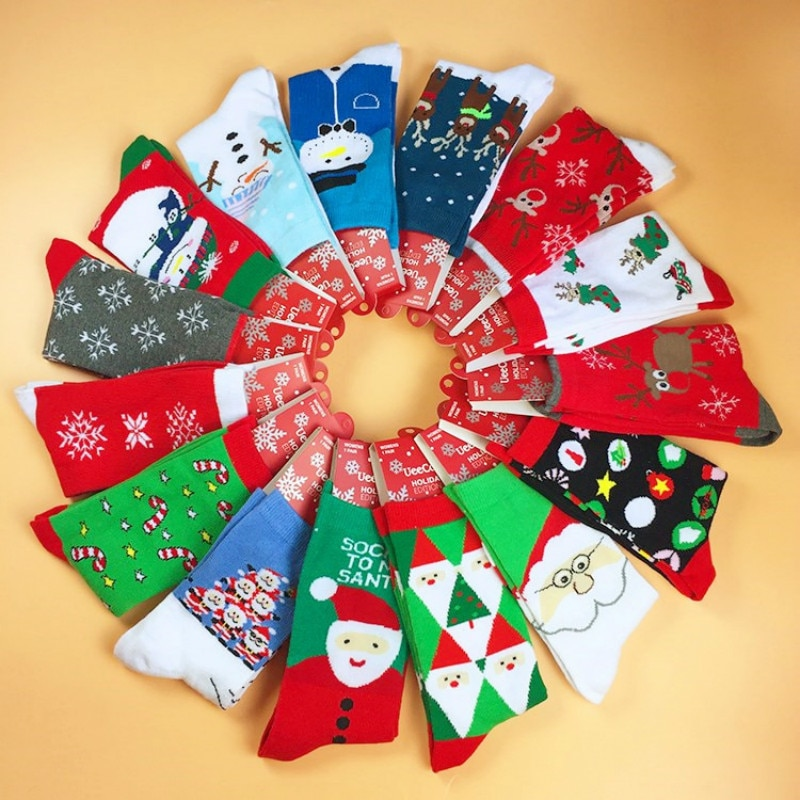 Winter Socks Christmas Series Cotton Christmas Socks Cute Elk / Snowflake / Santa Claus Festival Socks Men's  sock elk snowflake geometric print christmas hoodie