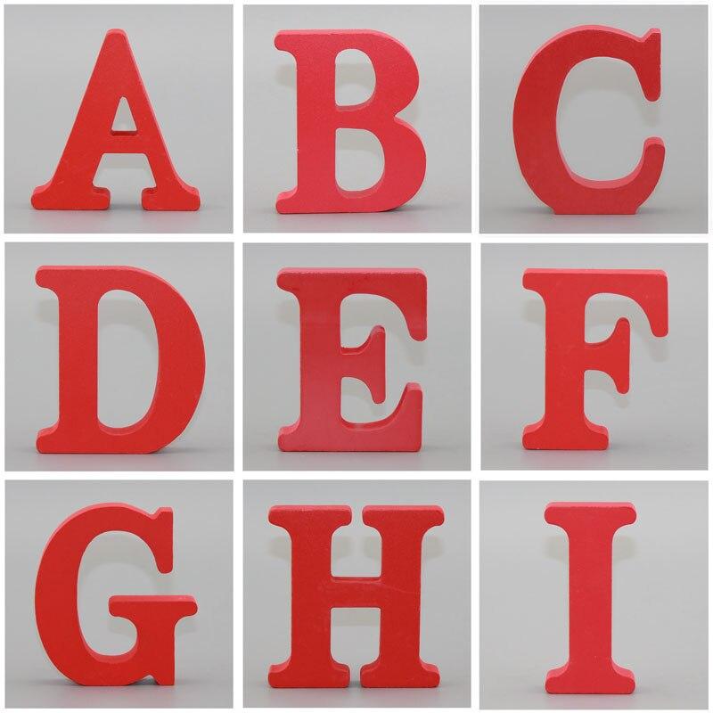 1 ud. 10X10CM arte rojo de madera arte de pie Corazón de boda decoración del hogar alfabeto de letras inglesas diseño de nombre personalizado