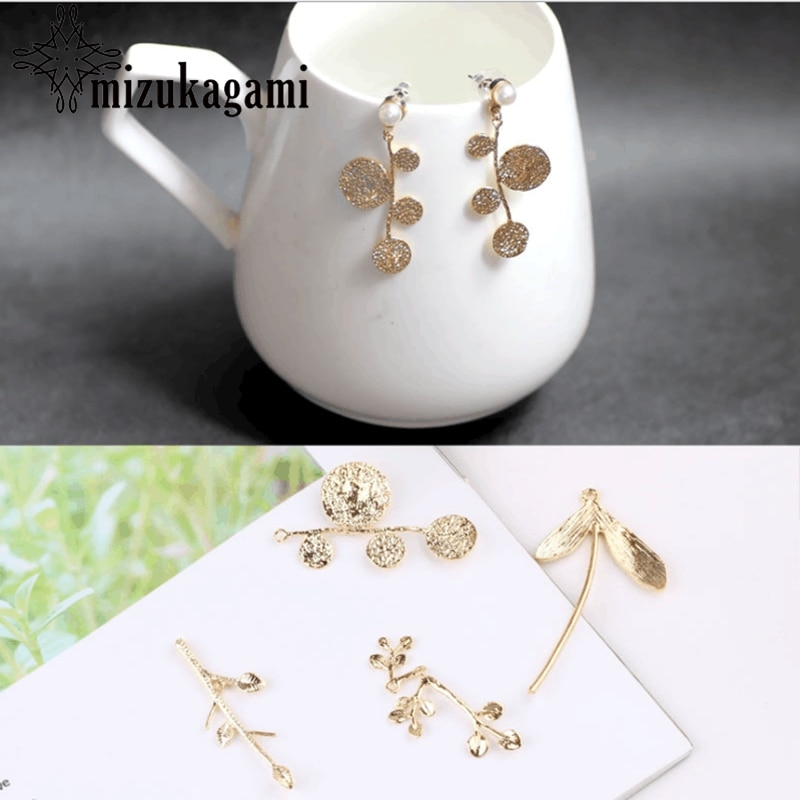 High Quality Golden Copper Branch Leaves Charms 10pcs/lot For DIY Fashion Drop Earrings Jewelry Making Accessories retro resin earrings marble texture round circle ring charms 10pcs lot for diy drop earrings jewelry making accessories
