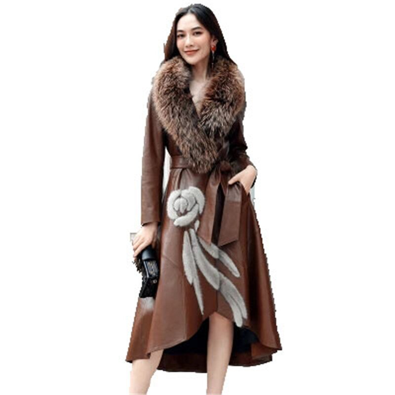 Leather Female 2020 New Winter New Leather Long Coat Fashion Slim Big Fox fur Mao Lingjun Green Women's Leather Clothing D461