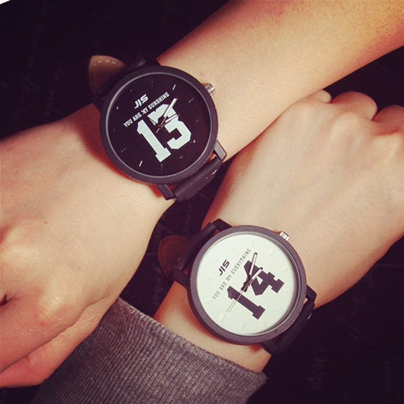 Couple Watches Fashion Lover Hot Selling Quartz Analog Faux Black Leather Band Wrist Watch With Numb