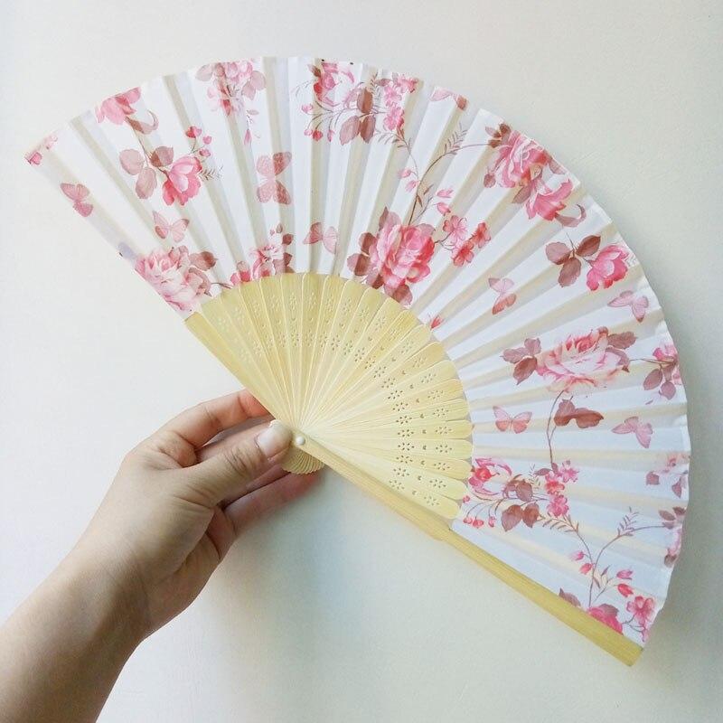 300 Uds. Regalos de boda favores flor de ciruelo plegado manual ventilador personalizado flor de cerezo ventilador de seda para invitados ZA6009