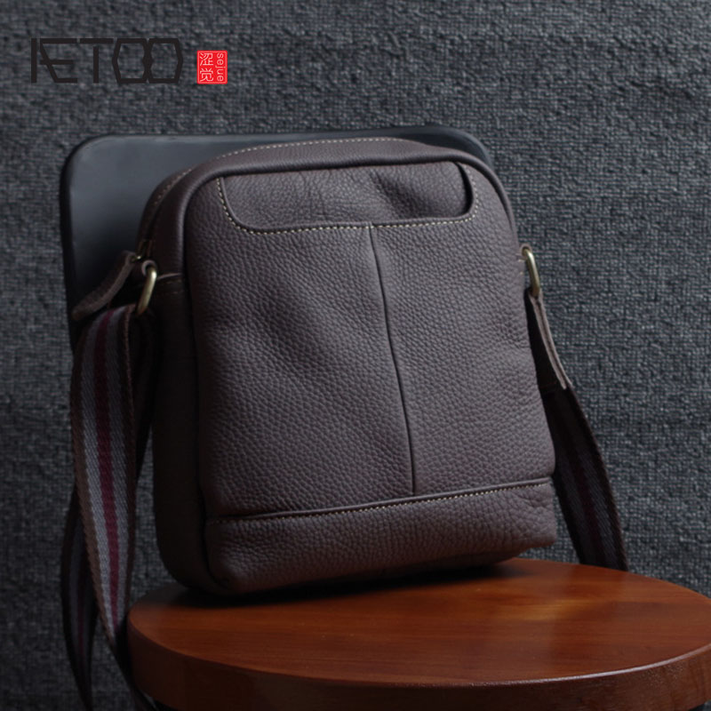 aetoo the first layer of leather 2017 new korean version of the small handbag female hard section leather black wild fashion kel AETOO Leather men's shoulder bag summer casual bag hand first layer of leather Messenger bag wild Korean package