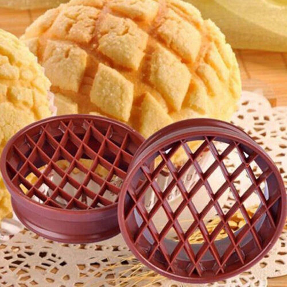 1 pc Plástico Molde Do Bolo Pão Abacaxi Cúpula Pão Molde Cortador de Êmbolo Molde Treliça Bakeware Ferramentas de Cozimento
