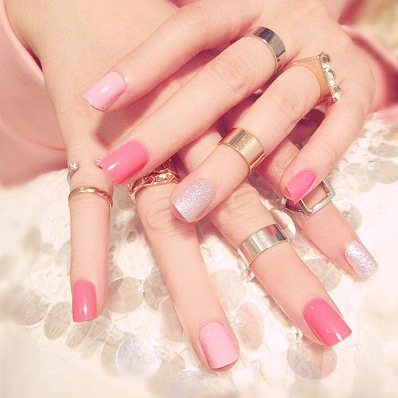 24 stücke/boxed Süße Rosa Farbe drücken sie auf nägel Damen Schimmer Glitter gefälschte Fingernägel Kurzen Größe full cover gefälschte nägel mit kleber