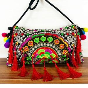 HOT 3 Colors Folk embroidery canvas bags Retro fashion cover Shoulder Bags Ethnic tassel Messenger Travel small bags