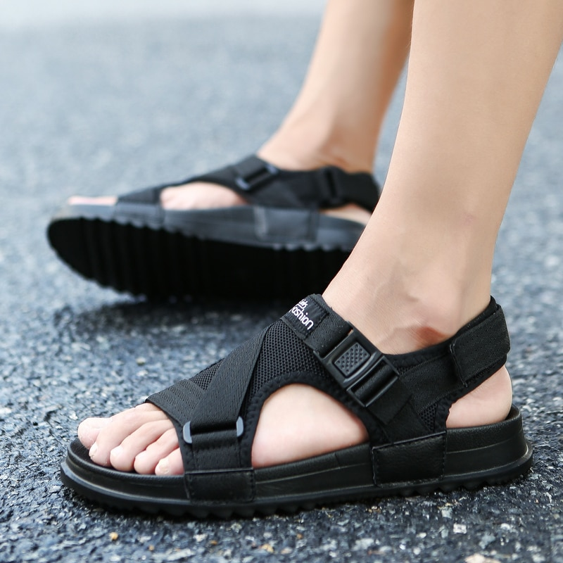 Sandalias UPUPER 2019 para hombre, sandalias de gladiador para hombre, zapatos de moda para hombre, chanclas de verano, Sandalias planas grises y negras, talla grande 36-46