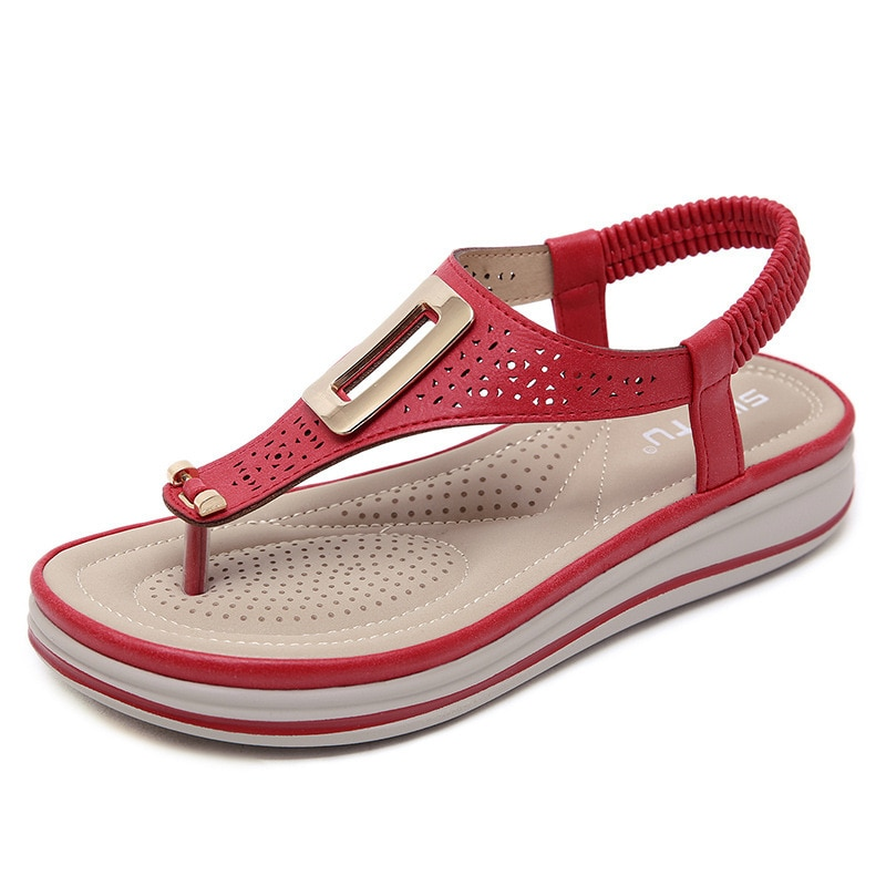 Chanclas de plataforma de verano para mujer, sandalias de playa de Color sólido, zapatos planos de tacón bajo cómodos de cuero suave, zapatos de Metal de gran tamaño