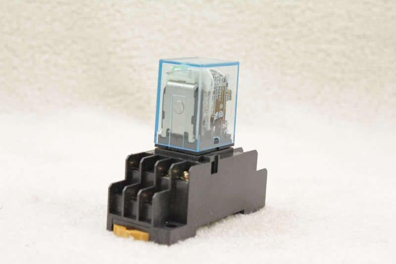 1 PC MY3NJ MY3N-J lámpara led 110VAC