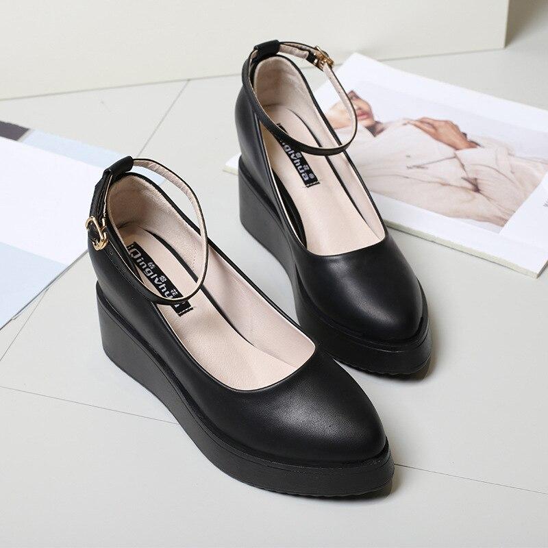 حذاء نسائي بكعب عالٍ على الطراز الأوروبي ، حذاء نسائي برقبة عالية ، حذاء صغير كود 31 32 33 40 ، ربيع وخريف 2018