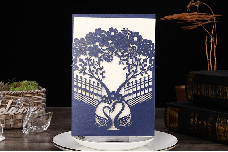 100pcs/lot Laser Cut Wedding Invitations Cards With Beautiful Swan Cardstock for Wedding engagement Party CX123B