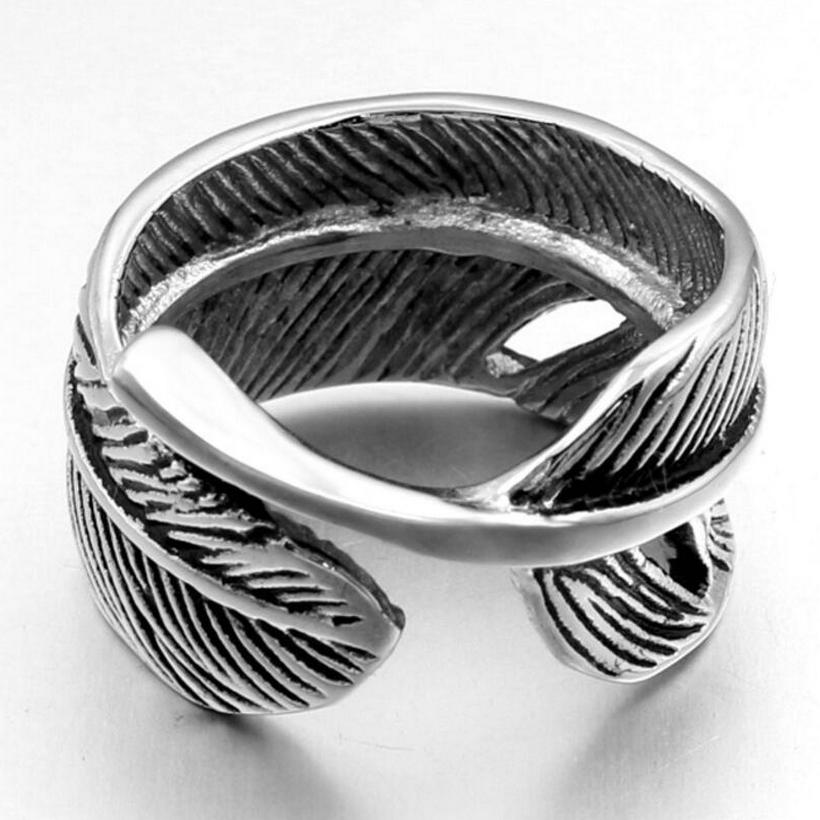 Takahashi Goro Chu Qiao Chuan Open Feather Couples Titanium Steel Rings Personality Agent Wings Ring