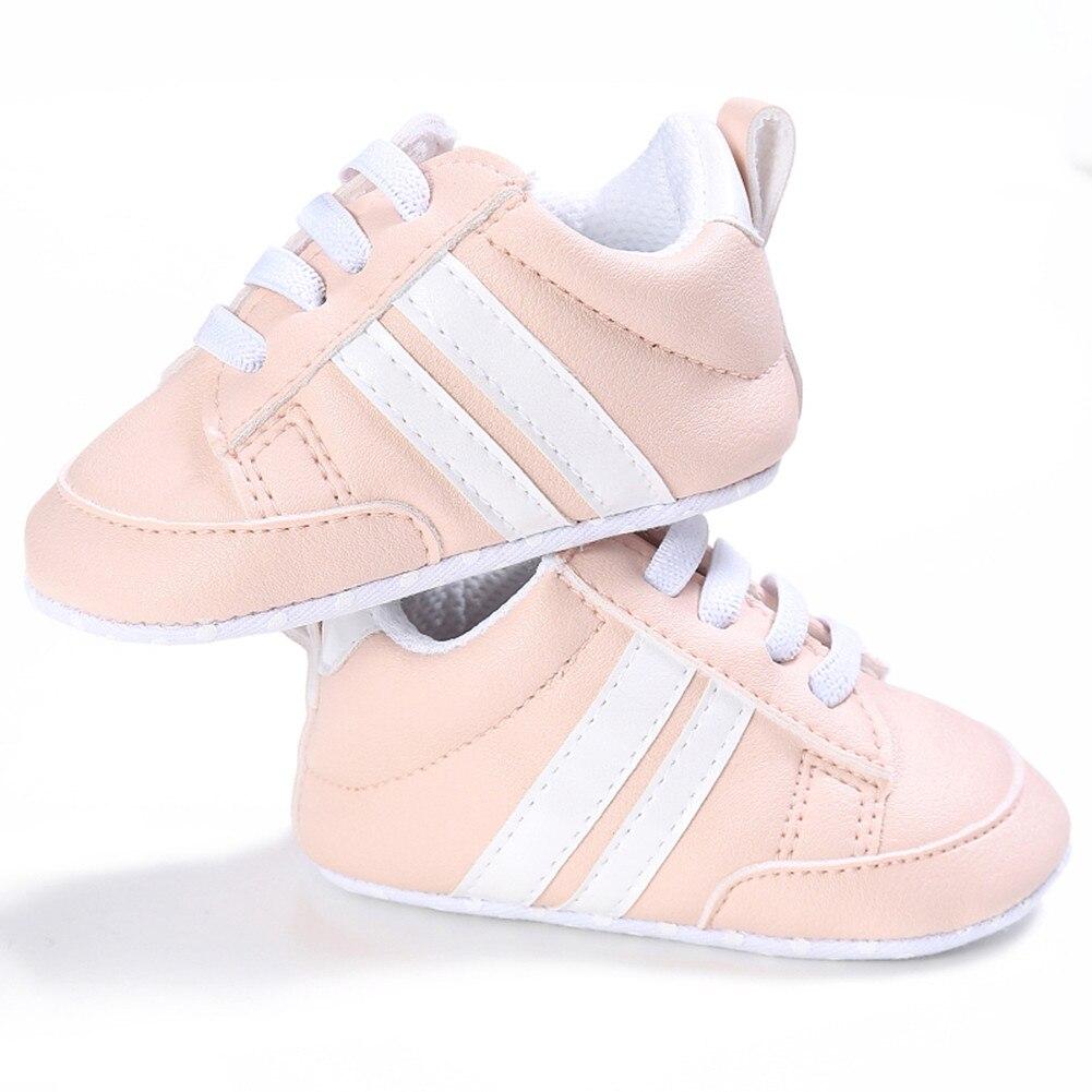 Recién Nacido bebé deportes zapatos de niño pequeño niños niña niño suela suave zapatillas PU cuero cuna bebé calzado 0-18M
