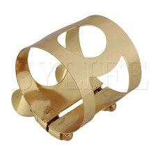 A ligadura do saxofone do tenor do metal da cor do ouro com parafusos dobro ajusta