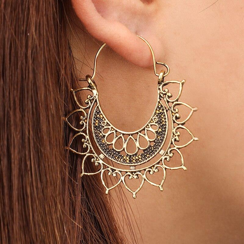 1Pair Vintage Hollow Water Drop Big Hoop Earrings Tribal Bronze Spider Web C Shape Carved Pattern Earrings Women Jewelry E309