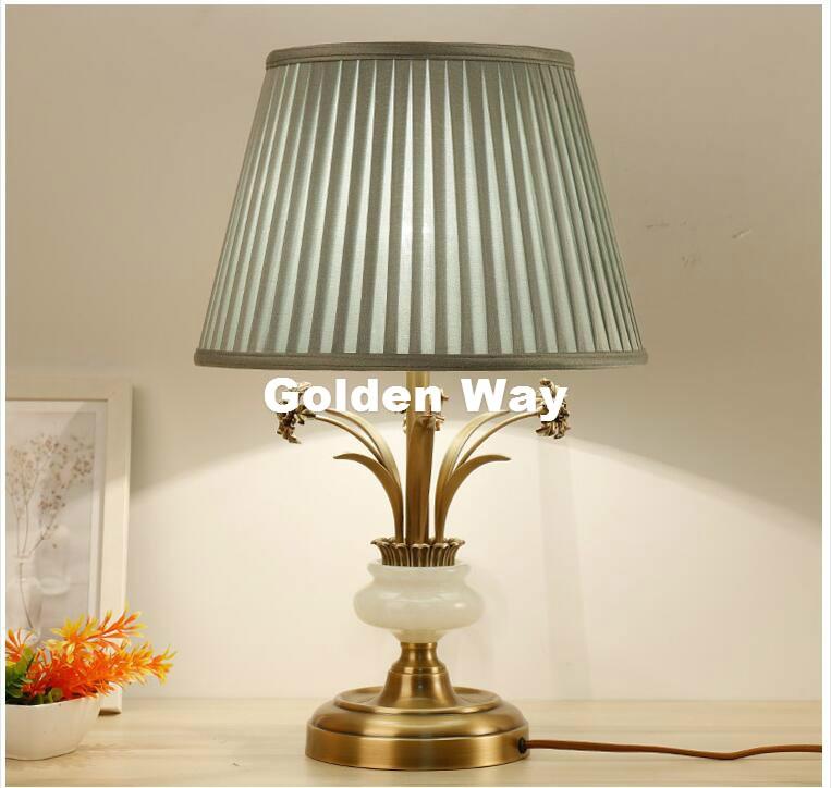 Luz de escritorio de Jade de bronce de estilo nórdico E27 LED D360mm H560mm Luz de escritorio decoración de dormitorio decoración de hogar lámpara de mesa 100% CA garantizada