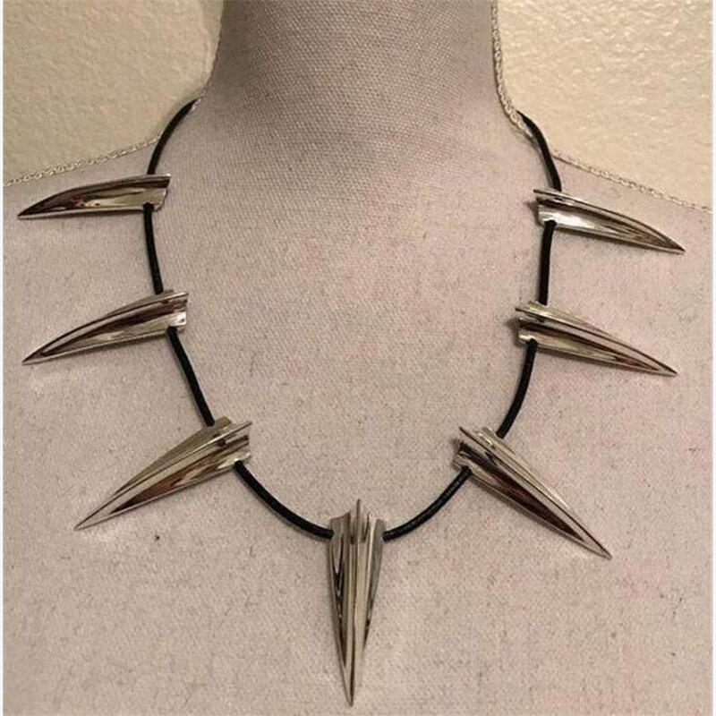 ¡Novedad de 2018! Collar de Pantera Negra, collar de rey Wakanda TChalla, joyería de moda, collar de Metal para hombres, disfraces, accesorios para mujeres