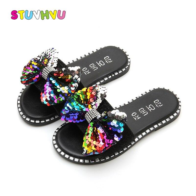 Zapatillas de moda con lazo de lentejuelas para niñas, zapatos de princesa con diamantes de imitación, zapatillas de playa para niños, sandalias para niñas, zapatillas suaves antideslizantes para niños