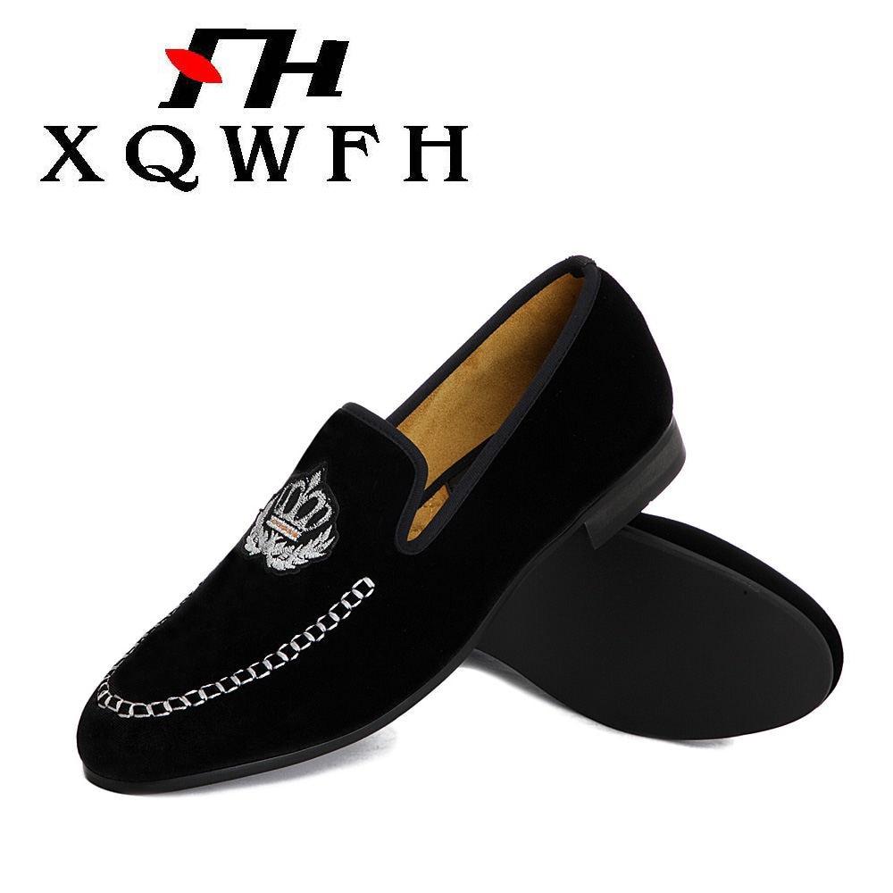 Zapatos para hombre 2019, diseño de corona bordada, mocasines de terciopelo para hombre, Zapatillas para fumar para boda y fiesta, US 5,5-13,5, envío gratis