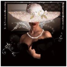 Round Diamond Painting 5D Embroidery Diamond Mosaic Pattern Rhinestone Painting Woman In A Black Dress Wearing A Hat Gift XU