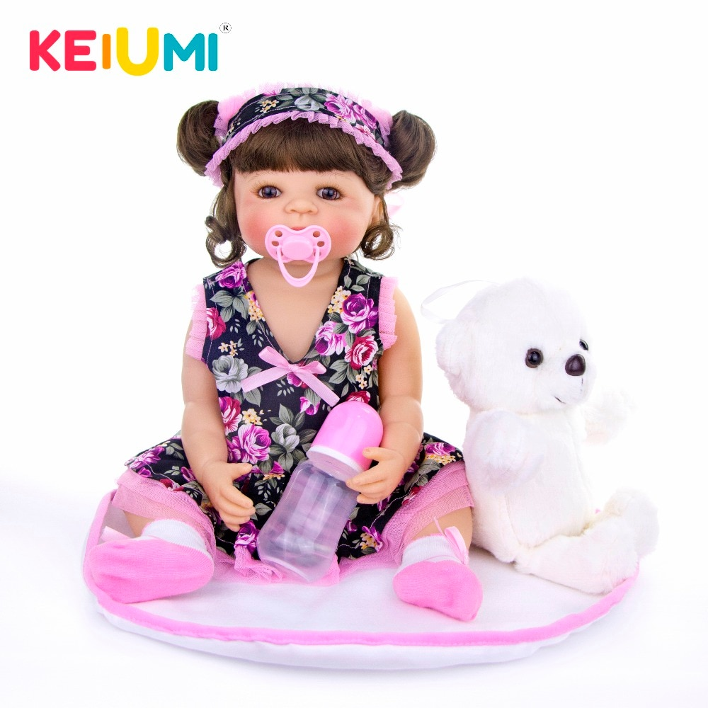 Keiumi especial bebê reborn menina boneca 22 Polegada reborn bebês 55 cm boneca de silicone completo com cachos marrons crianças playmate brinquedos presente