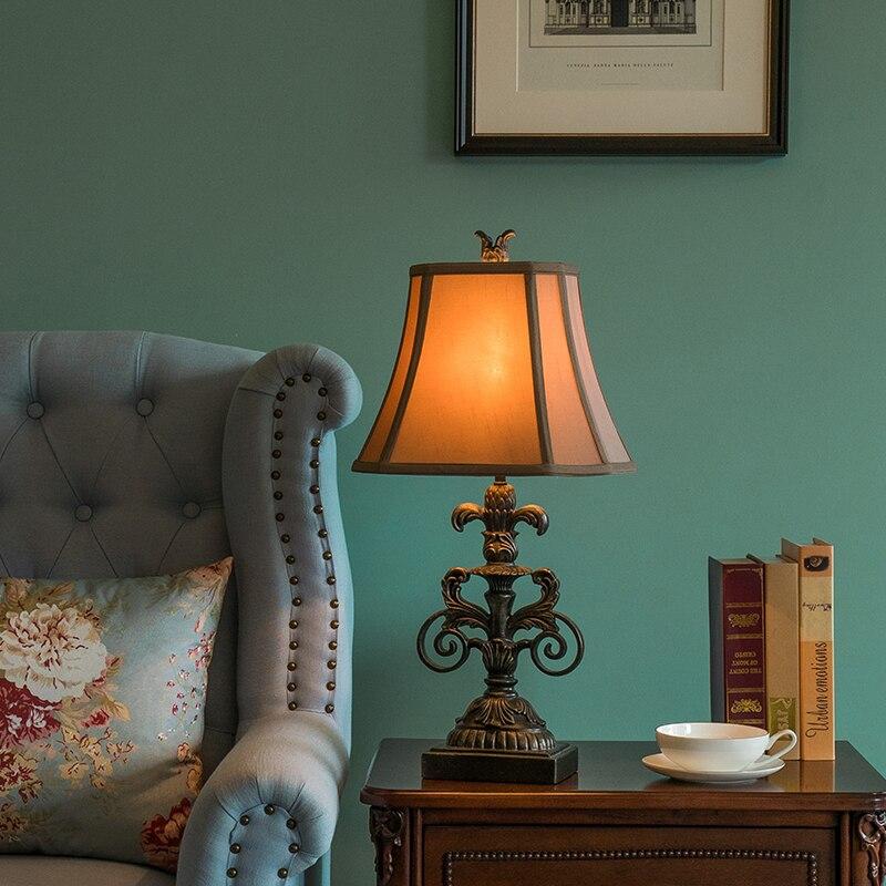 Lámpara de mesa de resina Retro de lujo moderna, dormitorio, sala de...