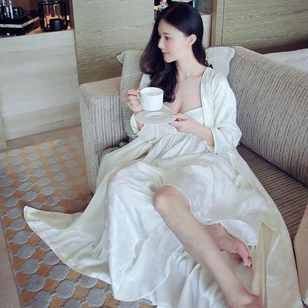 Robe set Sleepwear Women Long-sleeve Nightgown Two Pieces Set Queen Robe Dress Gorgeous Sexy Goddess Robe High Quality