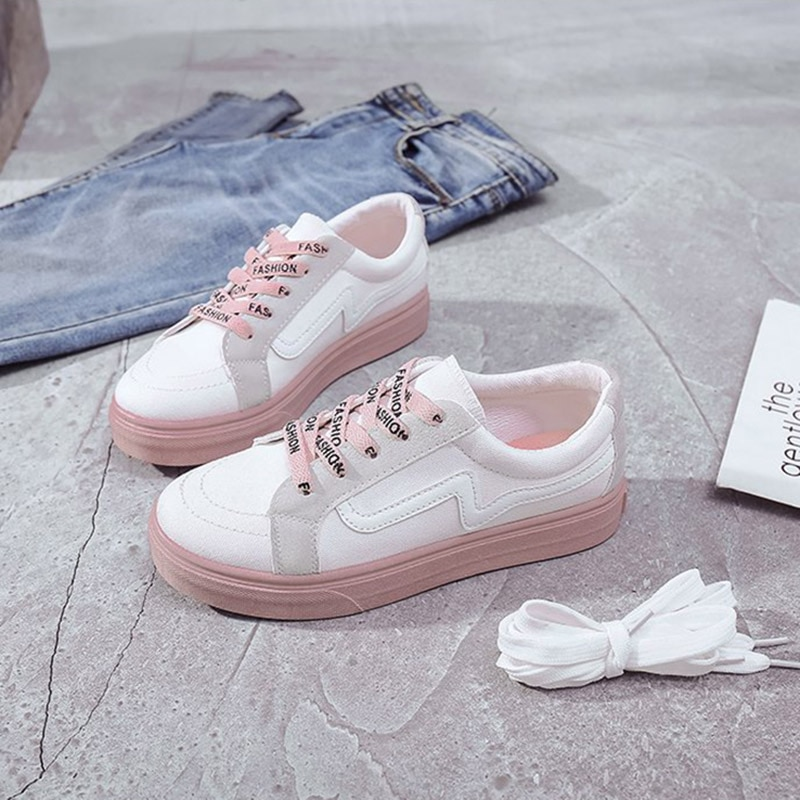 2019 New Canvas Shoes Fashion Women Low To Help Casual Wild Ins Shoes Street Shooting Women Sneakers