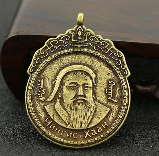 Estatua de ornamentos con colgante pequeño de la colección China mongol Cabeza colgando de bronce puro de Genghis Khan