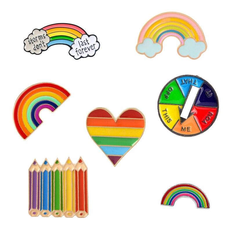 Lápiz de color arcoíris corazón mesa giratoria para juego esmalte Pin Arco Iris broches y pines bolsa de ropa solapa Metal Pin insignia regalo de la joyería para niños
