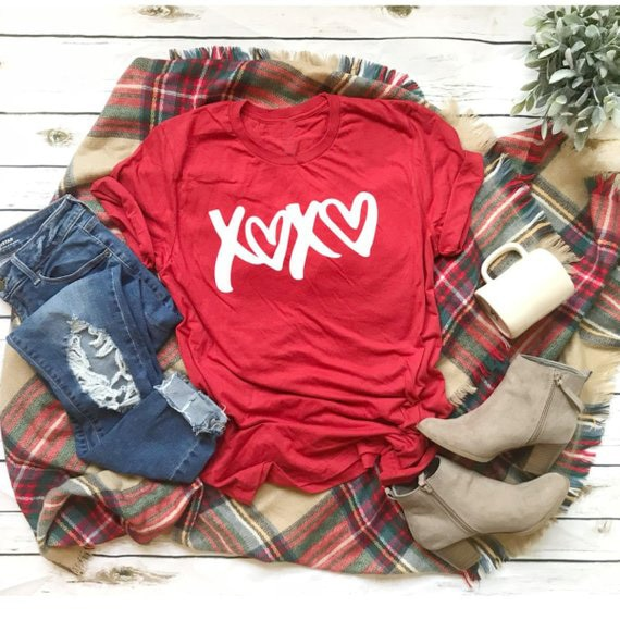 Camiseta del día de San Valentín XOXO, camiseta de amor, ropa de moda para mujeres, camiseta unisex Be Mine, camiseta para mujeres, camisas para chicas