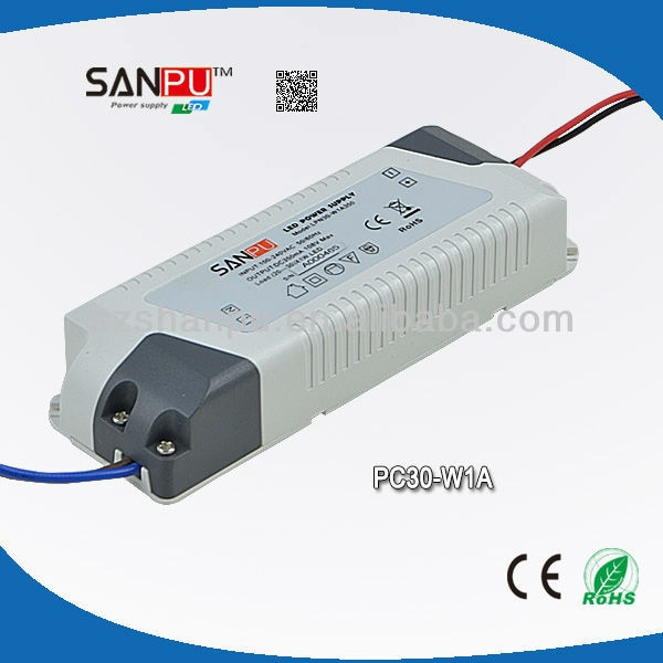 Fuente de alimentación del Controlador LED de 30W 100-240V fuente de alimentación de entrada de CA salida de CC 700mA para luces LED