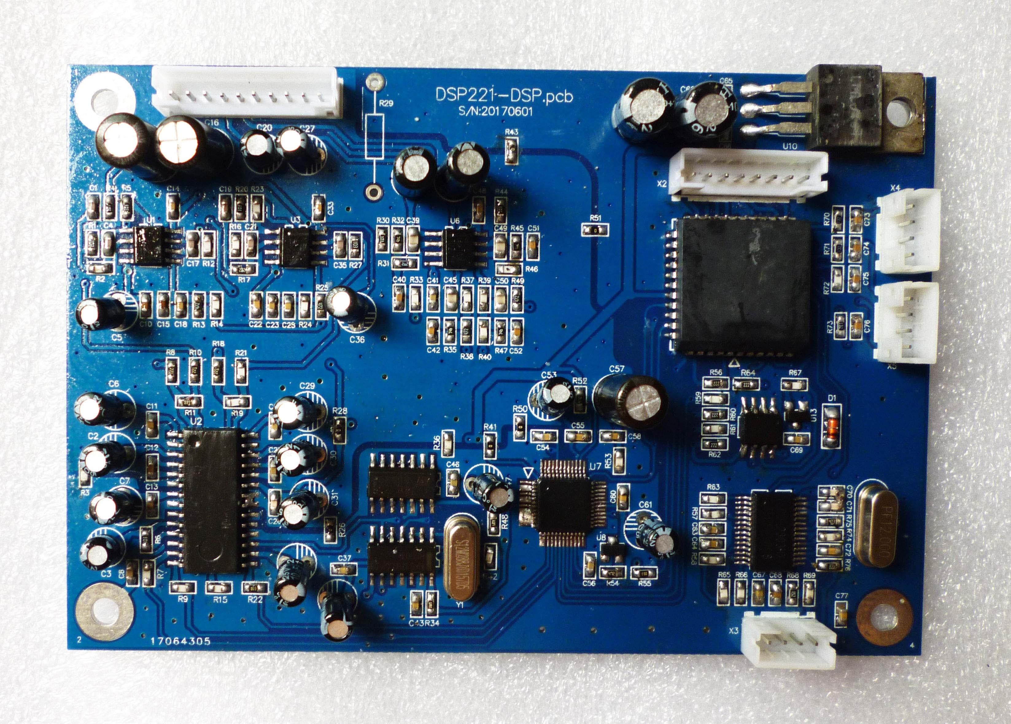لوحة معالج رقمية DSP ، لوحة مقسم تردد رقمية ، 2 مخرجين ، أربعة مخارج