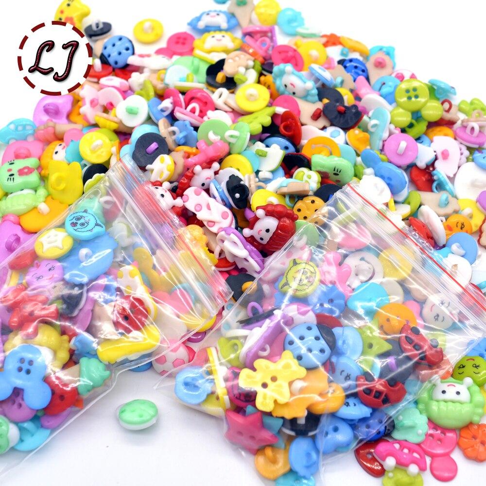 50 pçs aleatório misturado colorido botão dos desenhos animados diy scrapbooking botões acessórios de roupas artesanato artesanal botão de costura das crianças