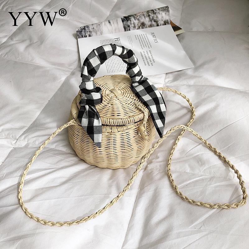 Women Handmade Rattan Bag Straw Bohemia Handbag Exquisite Totes 2019 Summer Woven Beach Cross Body Bag Handbag Ribbons Circle